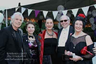 Guests Don Blauweiss, Joyce Libutti, Diana Dudzinski, Ken Linsner, Carol Weaver-Linsner